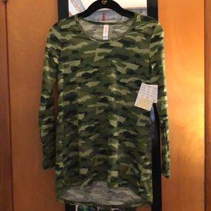 NWT LuLaRoe Lynnae Long Sleeve Shirt XXS